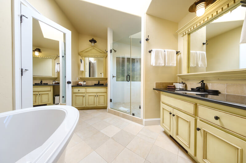 2 bedroom bathroom